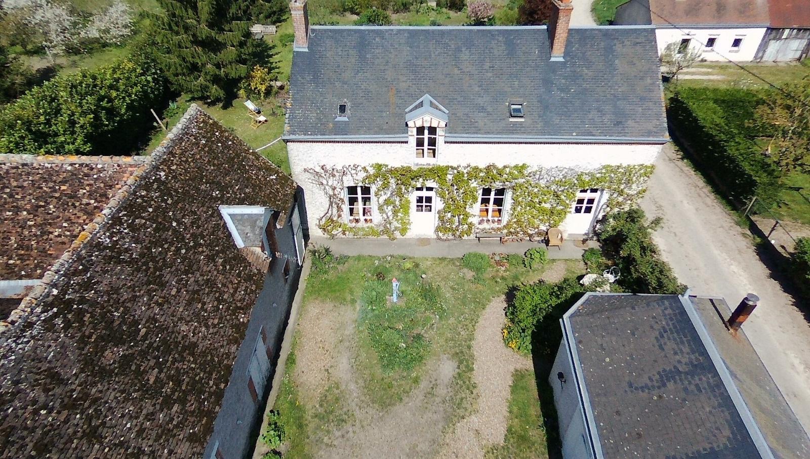 Offres de location Maison Cheverny 41700